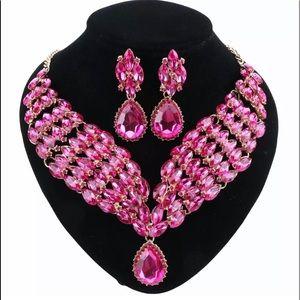 STUNNING Pink🌸Crystal Statement Jewelry Set NWT🏷